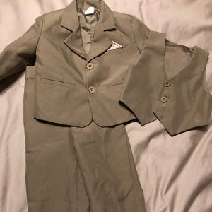 Other - 3 Piece Suit Tan Infant 0 (Fits like 6-9 month)